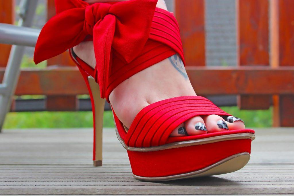 high-boots-1531280_1280